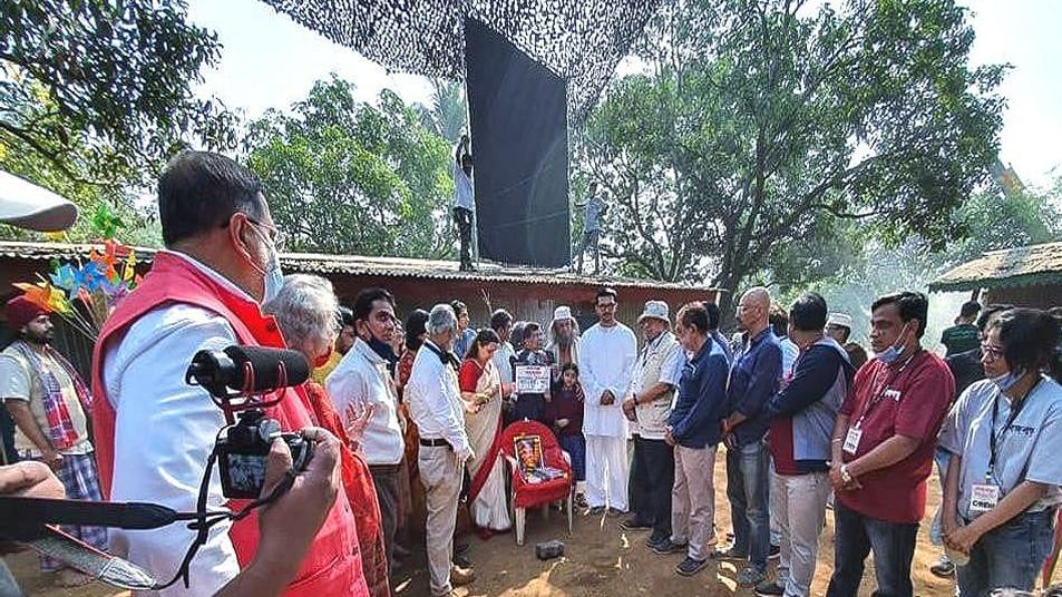 মুম্বাইয়ে চলছে 'বঙ্গবন্ধু' বায়োপিকের শুটিং