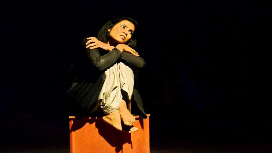 শিল্পকলায় যৌথ প্রযোজনার নাটক 'জলকুমারী'র মঞ্চায়ন